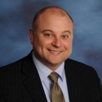 Dr. Daniel J Reattoir